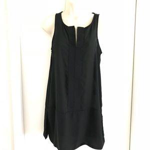Mossimo Tunic style sleeveless blouse